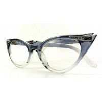 Betty Smoke - Reading Glasses