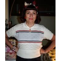 Cream 'Keyhole Kate' Knit